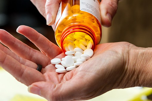 Recent Studies Show Chiropractic Care Reduces Use of Opioids
