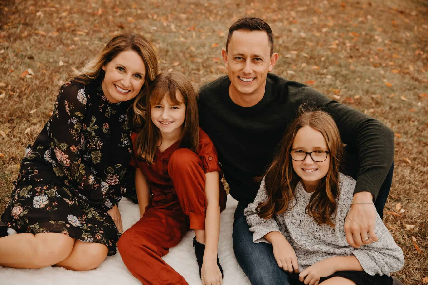 Dr. Travis Ring with his wife and daughters